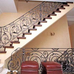 Кованые лестницы Надежная кованая лестница Беатрис Арт. Л-012 Norkovka