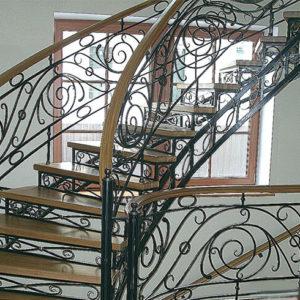 Кованые лестницы Кованая ажурная лестница Жаклин Арт Л-002 Norkovka